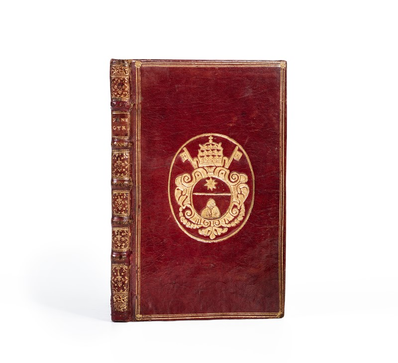 André LE CAMUS : Red Morocco Binding with coat of arms of Pope Clemente XI. LE CAMUS. Panegyricus clero gallicano dictus  - Auction Fine Collection of Rare Books and Autographs - Bado e Mart Auctions