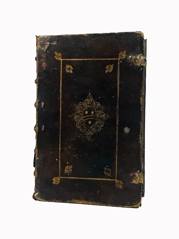 Armorial binding of XVII century. Officium beatae Mariae Virginis Pij V Pont. Max. iussu reformatum.  - Auction FINE RARE BOOKS, ATLASES AND MANUSCRIPTS - Bado e Mart Auctions
